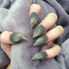 nails-png.png